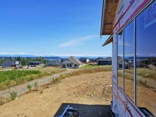 Photo 6: 3332 Harbourview Blvd in COURTENAY: CV Courtenay City House for sale (Comox Valley)  : MLS®# 840519