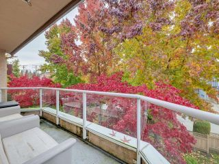 """Photo 18: 303 1009 HOWAY Street in New Westminster: Uptown NW Condo for sale in """"HUNTINGTON WEST"""" : MLS®# R2605400"""