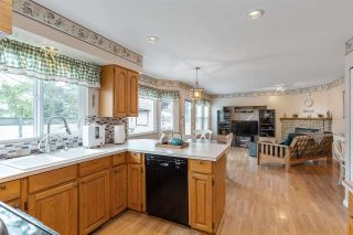 """Photo 11: 6356 187A Street in Surrey: Cloverdale BC House for sale in """"Eagle Crest"""" (Cloverdale)  : MLS®# R2586904"""