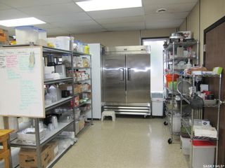 Photo 4: 71 22nd Street in Battleford: Commercial for sale : MLS®# SK860192
