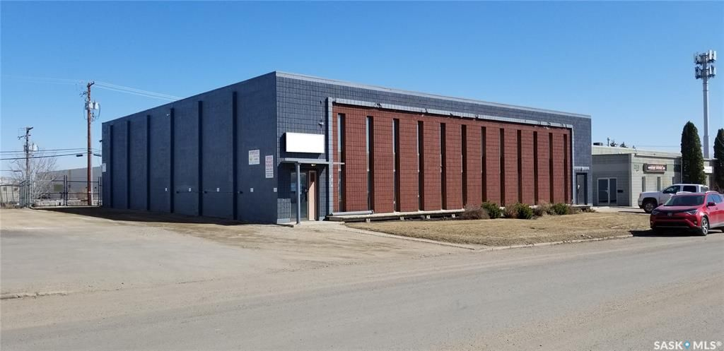 Main Photo: 2214 Hanselman Avenue in Saskatoon: Airport Business Area Commercial for lease : MLS®# SK837688
