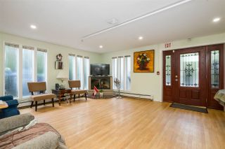 Photo 14: 2695 MCBRIDE Avenue in Surrey: Crescent Bch Ocean Pk. House for sale (South Surrey White Rock)  : MLS®# R2571973