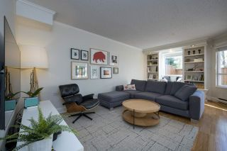 """Photo 2: 3408 WEYMOOR Place in Vancouver: Champlain Heights Townhouse for sale in """"Moorpark"""" (Vancouver East)  : MLS®# R2559017"""