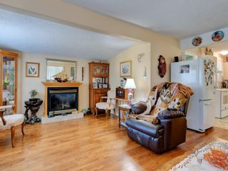 Photo 3: 2 2206 Church Rd in : Sk Sooke Vill Core Manufactured Home for sale (Sooke)  : MLS®# 884661