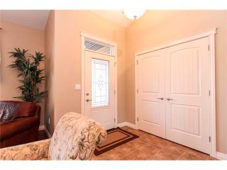 Photo 7: 24 Vermont Close: Olds House for sale : MLS®# C4027121