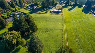 Photo 4: 10715 REEVES Road in Chilliwack: East Chilliwack House for sale : MLS®# R2620626