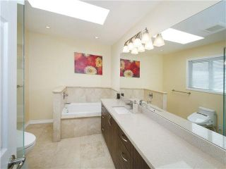Photo 13: 5625 COLUMBIA Street in Vancouver: Cambie House for sale (Vancouver West)  : MLS®# V1133361