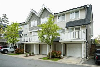 "Photo 1: 30 15871 85 Avenue in Surrey: Fleetwood Tynehead Townhouse for sale in ""HUCKE BERRY"" : MLS®# R2055937"