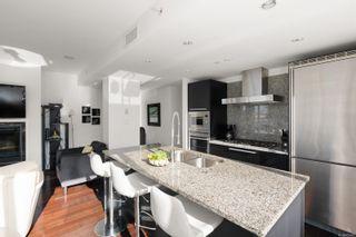 Photo 4: 502 708 Burdett Ave in : Vi Downtown Condo for sale (Victoria)  : MLS®# 872493