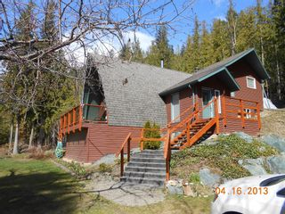 Photo 3:  in Anglemont: North Shuswap House for sale (Shuswap)  : MLS®# 10063369