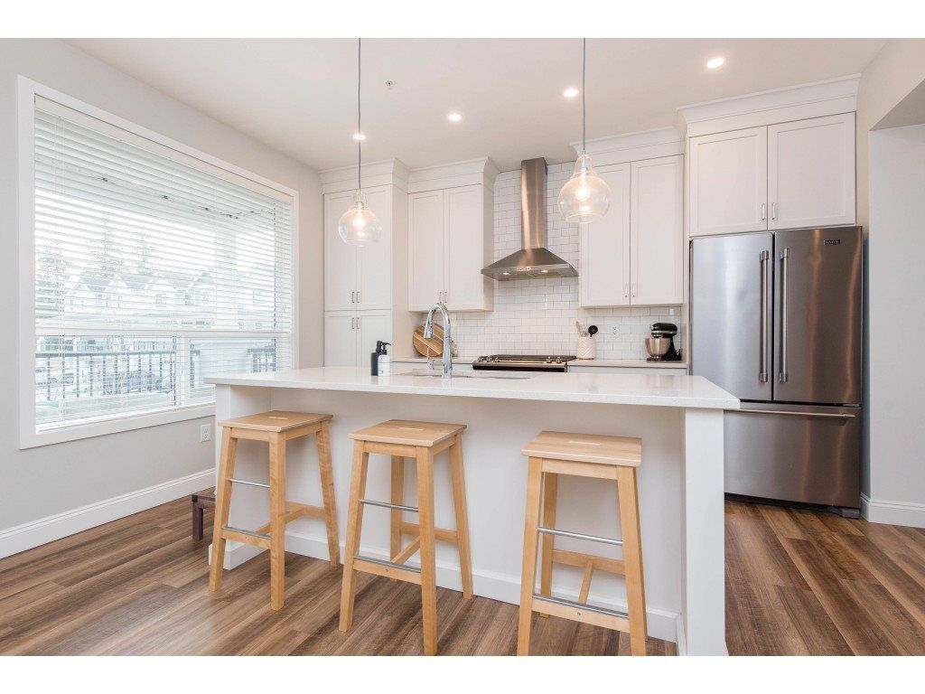"""Photo 8: Photos: 5488 DRIFTWOOD Street in Chilliwack: Vedder S Watson-Promontory Condo for sale in """"WEBSTER CROSSING"""" (Sardis)  : MLS®# R2527096"""
