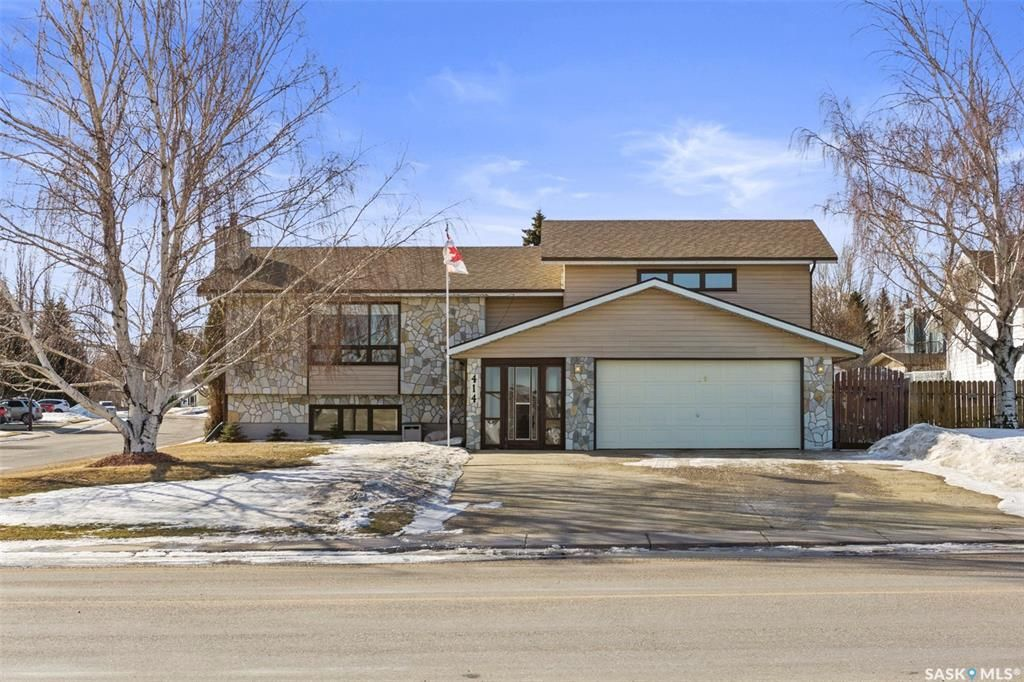Main Photo: 414 Battleford Trail in Swift Current: Trail Residential for sale : MLS®# SK844546