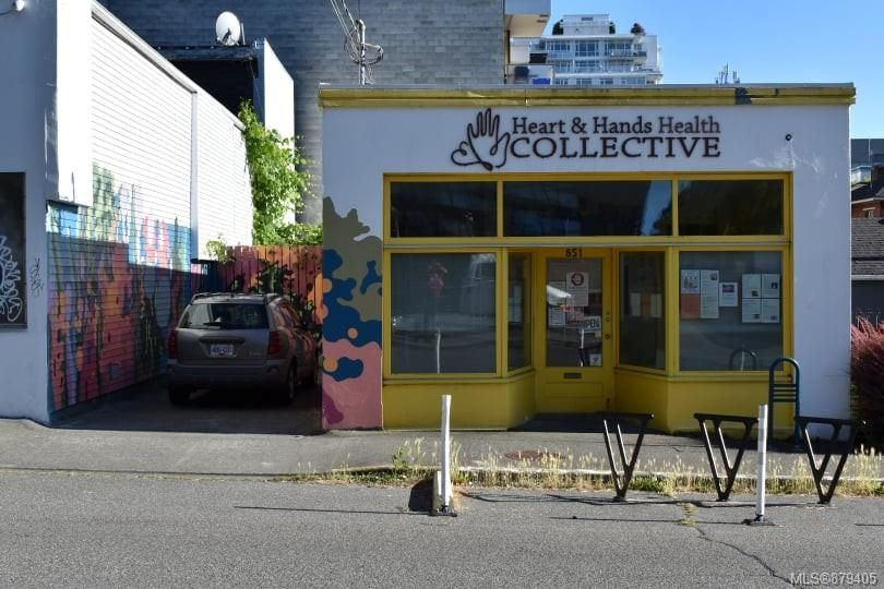 Main Photo:  in : Vi Downtown Business for sale (Victoria)  : MLS®# 879405