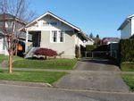Main Photo: 228 SANDRINGHAM Avenue in New Westminster: GlenBrooke North House for sale : MLS®# R2573303