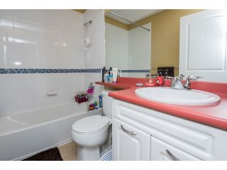 "Photo 15: 63 4401 BLAUSON Boulevard in Abbotsford: Abbotsford East Townhouse for sale in ""Sage at Auguston"" : MLS®# R2061479"