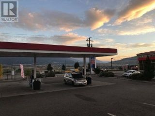 Photo 4: ESSO gas station for sale: Business with Property for sale : MLS®# 161798