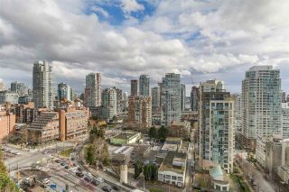 "Photo 15: 2101 1005 BEACH Avenue in Vancouver: West End VW Condo for sale in ""ALVAR"" (Vancouver West)  : MLS®# R2139670"