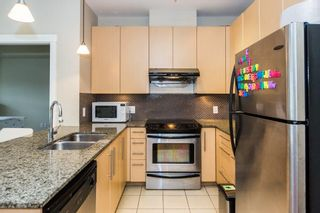 """Photo 5: 303 6268 EAGLES Drive in Vancouver: University VW Condo for sale in """"CLEMENTS GREEN"""" (Vancouver West)  : MLS®# R2572798"""