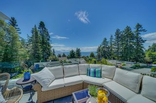 Photo 2: 13398 MARINE DRIVE in Surrey: Crescent Bch Ocean Pk. House for sale (South Surrey White Rock)  : MLS®# R2587345