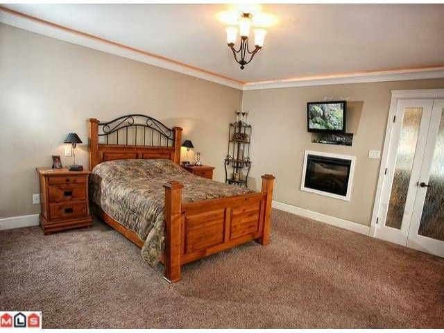 """Photo 8: Photos: 36477 CARNARVON Court in Abbotsford: Abbotsford East House for sale in """"EAGLERIDGE"""" : MLS®# F1227017"""