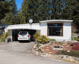 Photo 1: 44 4116 BROWNING Road in Sechelt: Sechelt District Manufactured Home for sale (Sunshine Coast)  : MLS®# R2563064