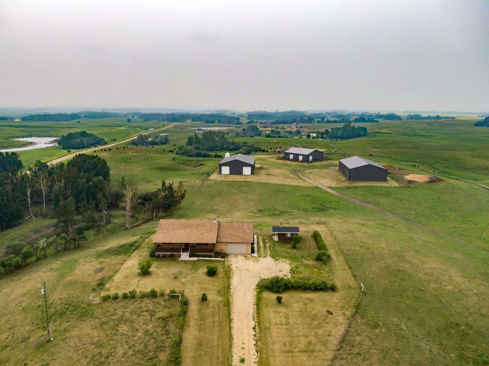 Main Photo: 224005 Twp 470: Rural Wetaskiwin County House for sale : MLS®# E4255474
