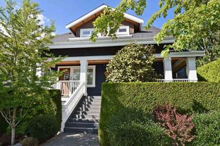 """Photo 2: 25 W 15TH Avenue in Vancouver: Mount Pleasant VW Townhouse for sale in """"CAMBIE VILLAGE"""" (Vancouver West)  : MLS®# R2065809"""