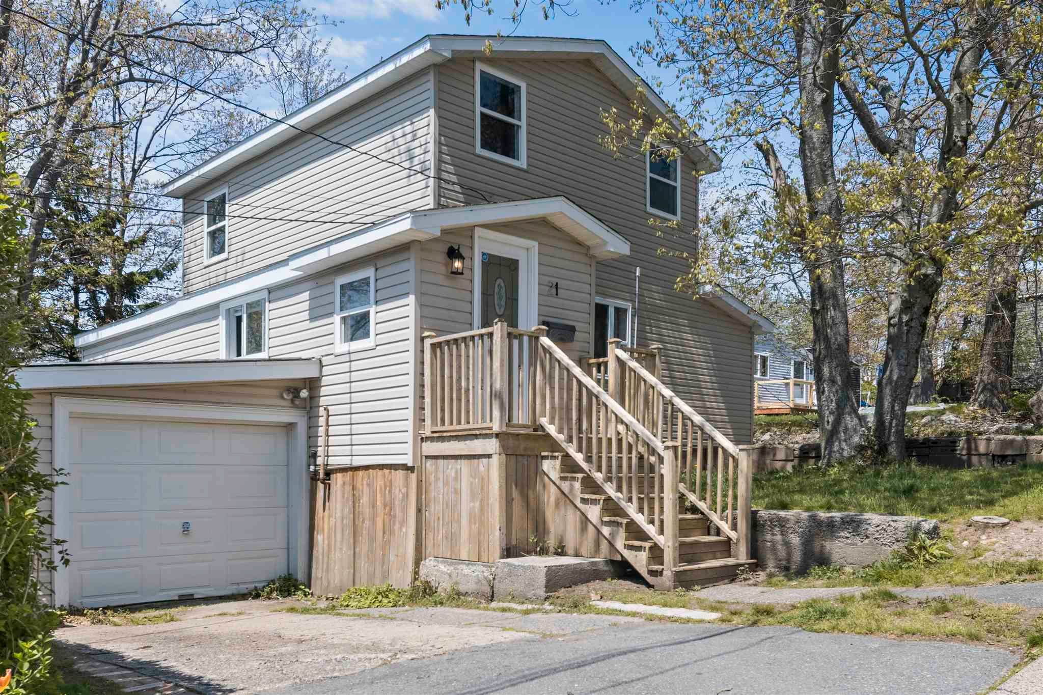 Main Photo: 21 Springhill Road in Dartmouth: 10-Dartmouth Downtown To Burnside Residential for sale (Halifax-Dartmouth)  : MLS®# 202113729