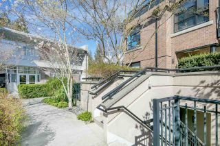 """Photo 2: 14 1863 WESBROOK Mall in Vancouver: University VW Townhouse for sale in """"Esse"""" (Vancouver West)  : MLS®# R2354042"""