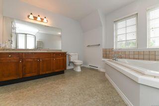 Photo 24: 201 1695 Comox Ave in : CV Comox (Town of) Condo for sale (Comox Valley)  : MLS®# 878188