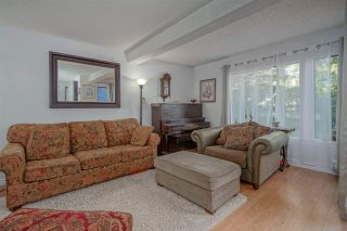 Photo 2: 15850 MCBETH ROAD, Surrey, BC, V4A 5X3, For Sale, Townhouse, Tony Manners