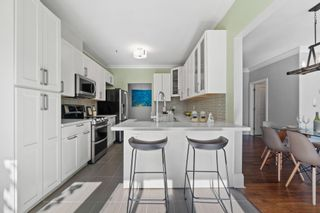 """Photo 12: 207 5 RENAISSANCE Square in New Westminster: Quay Townhouse for sale in """"THE LIDO"""" : MLS®# R2617609"""