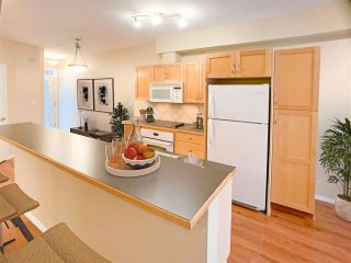 Photo 5: 223 10407 122 Street in Edmonton: Zone 07 Condo for sale : MLS®# E4244477