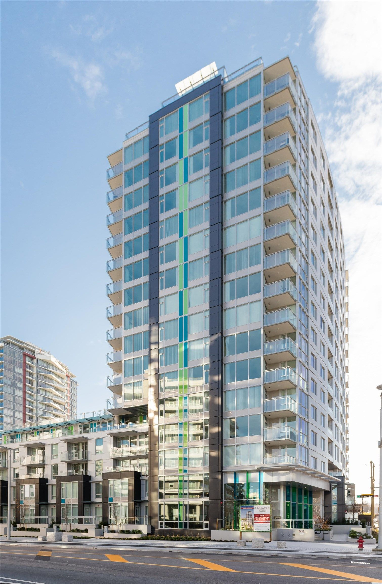 Main Photo: 301 1708 ONTARIO Street in Vancouver: Mount Pleasant VE Condo for sale (Vancouver East)  : MLS®# R2617772