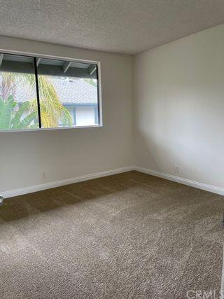 Photo 4: 3350 Caminito Vasto in La Jolla: Residential for sale (92037 - La Jolla)  : MLS®# OC21169776