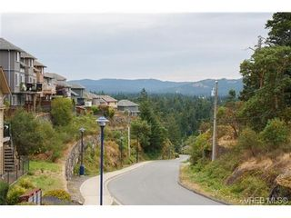 Photo 2: 569 Kingsview Ridge in VICTORIA: La Mill Hill House for sale (Langford)  : MLS®# 647158