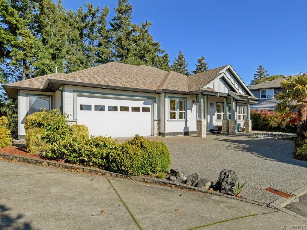 Main Photo: 202 Nia Lane in : VR Six Mile House for sale (View Royal)  : MLS®# 851676