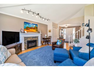 """Photo 4: 117 15121 19 Avenue in Surrey: Sunnyside Park Surrey Townhouse for sale in """"Orchard Park"""" (South Surrey White Rock)  : MLS®# R2459798"""