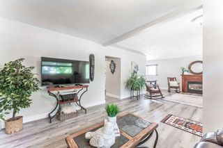 Photo 11: 21 WHITE OAK Crescent SW in Calgary: Wildwood Detached for sale : MLS®# A1026011