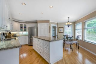 """Photo 6: 15003 SEMIAHMOO Place in Surrey: Sunnyside Park Surrey House for sale in """"SEMIAHMOO WYND"""" (South Surrey White Rock)  : MLS®# R2288151"""