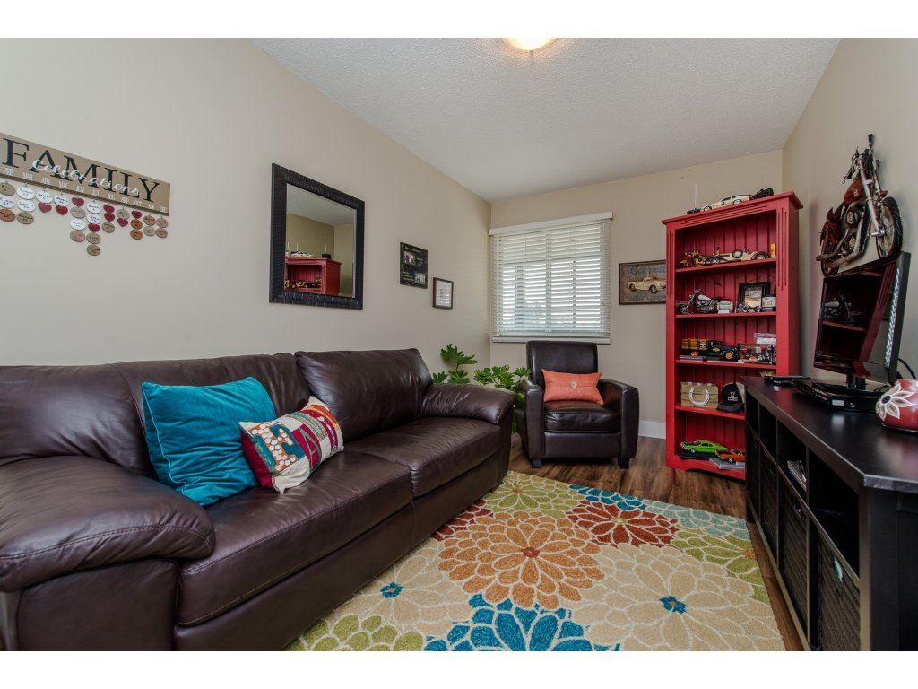 "Photo 17: Photos: 302 32089 OLD YALE Road in Abbotsford: Abbotsford West Condo for sale in ""HEATHER RIDGE"" : MLS®# R2113842"