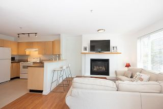 """Photo 12: 211 2768 CRANBERRY Drive in Vancouver: Kitsilano Condo for sale in """"ZYDECO"""" (Vancouver West)  : MLS®# R2598396"""