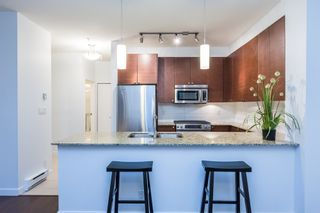 Photo 6: 109 101 MORRISSEY ROAD in Port Moody: Port Moody Centre Condo for sale : MLS®# R2138128