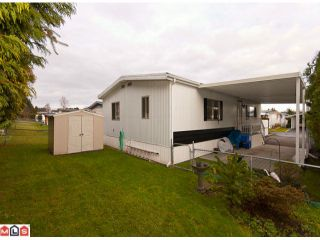 "Photo 4: 18 2303 CRANLEY Drive in Surrey: King George Corridor Manufactured Home for sale in ""SUNNYSIDE"" (South Surrey White Rock)  : MLS®# F1028956"