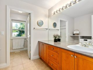"""Photo 27: 12929 CRESCENT Road in Surrey: Elgin Chantrell House for sale in """"CRESCENT ROAD"""" (South Surrey White Rock)  : MLS®# R2617700"""
