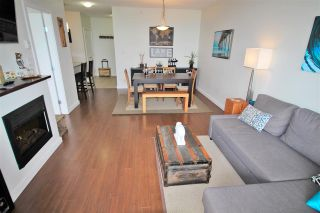 """Photo 4: 2003 280 ROSS Drive in New Westminster: Fraserview NW Condo for sale in """"THE CARLYLE"""" : MLS®# R2278422"""