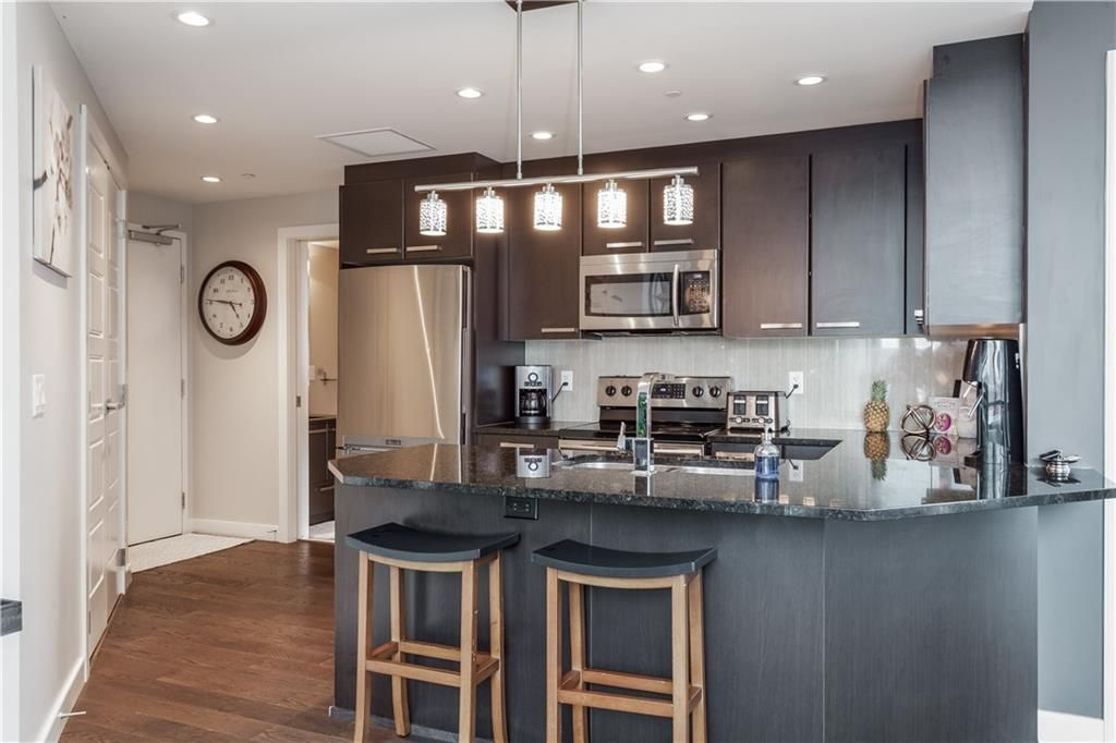 Photo 4: Photos: 410 225 11 Avenue SE in Calgary: Beltline Apartment for sale : MLS®# C4245710