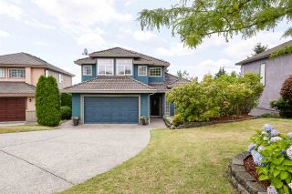 Photo 1: 2626 MARBLE Court in Coquitlam: Westwood Plateau House for sale : MLS®# R2401709