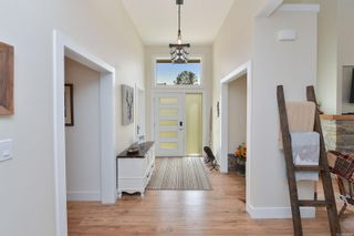 Photo 10: 334 Lone Oak Pl in : La Mill Hill House for sale (Langford)  : MLS®# 874974