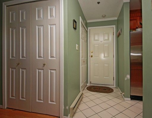 """Photo 9: Photos: 308 8633 SW MARINE Drive in Vancouver: Marpole Condo for sale in """"SOUTHBEND"""" (Vancouver West)  : MLS®# V765921"""